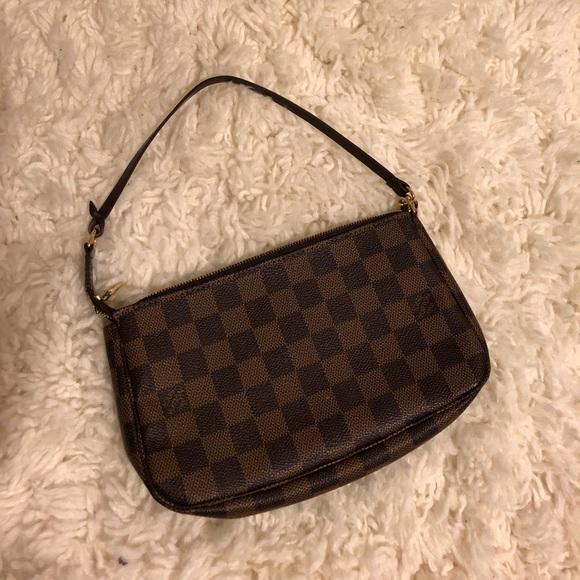 1263a4588ccb Louis Vuitton Handbags - Authentic Louis Vuitton Damier Ebene Mini Bag
